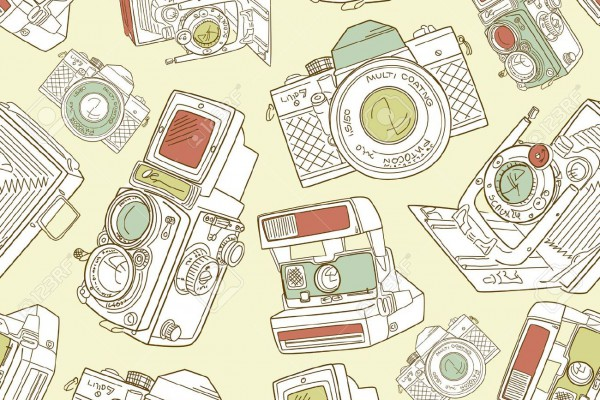 14255140-Seamless-hand-drawn-old-camera-pattern-black-and-white--Stock-Vector